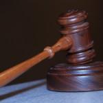 W wielu kazusach ludzie żądają pomocy prawnika